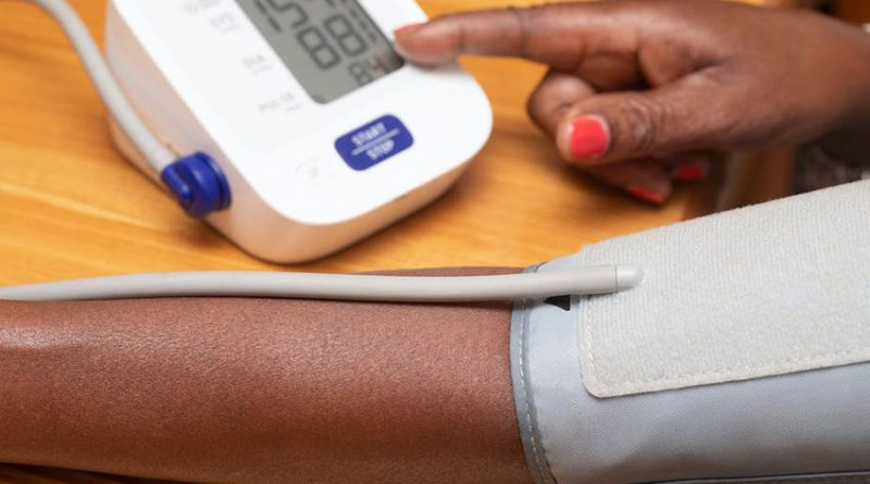 A 5-minute breathing exercise may be better for blood pressure than meds